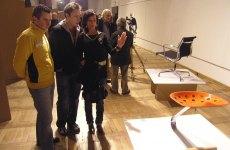 """Wystawa, """"Krzesła najsłynniejszych projektantów świata"""" 12.02.2007"""